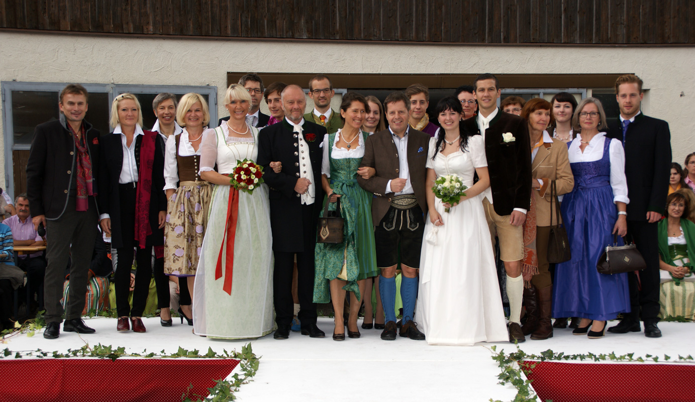 Tracht Dresscode Hochzeit