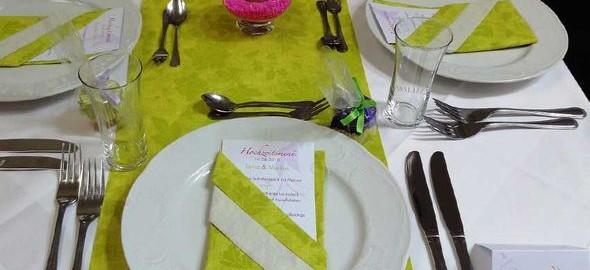 hochzeitsmenue-deko-pink-gruen