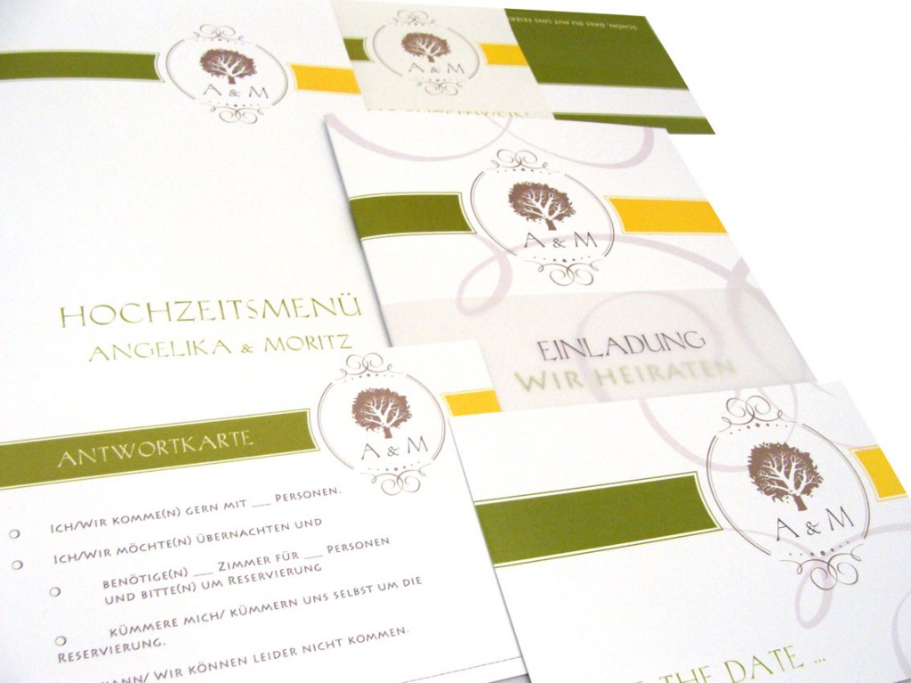 auch ein farbenfrohes Hochzeitslogo mit den Anfangsbuchstaben als Hochzeitsmonogramm kann gewählt werden