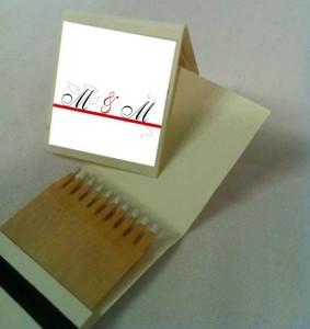 gastgeschenk streichhoelzer - mit dem passenden Kleber im Design der Hochzeitskarten