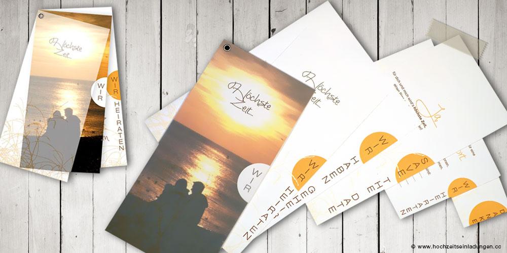 Einladungskarten gefächert,  mit transparentem Deckblatt, eigenem Foto  und Hochzeitsthema Höchste Zeit