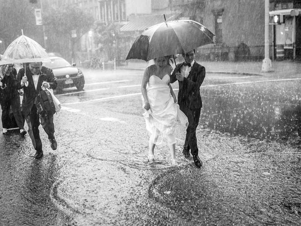 Schlechtwetter darf die Hochzeit nicht verderben | Bild: www.brigitte.de