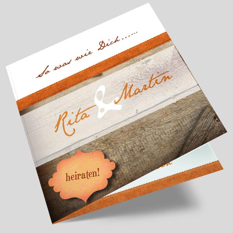 hochzeitseinladungen-mit-holz-hintergrund-modern-band-orange-b063a.jpg